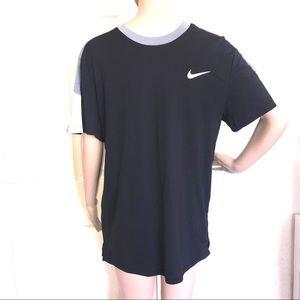 Men's Nike Dri Fit Athletic Shirt Size M